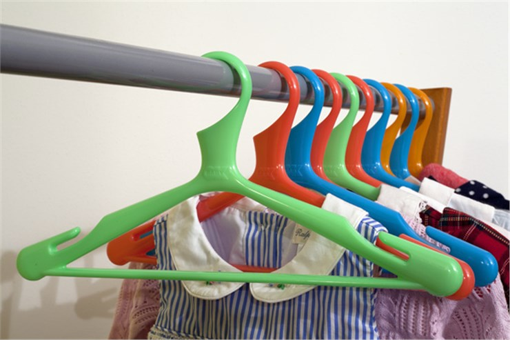 OK Baby Loop 4 pcs hangers   Orange/Pink/Blue/Green vállfa - Brendon - 61330