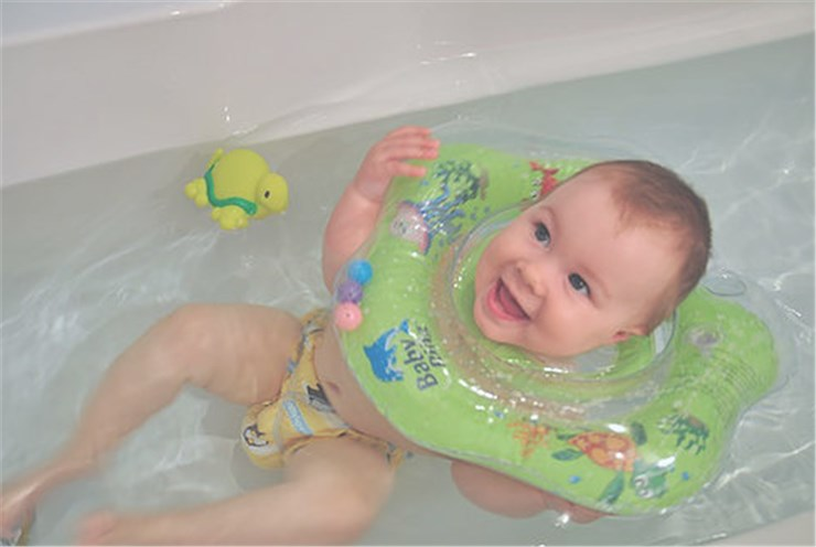 Baby Ring Small green úszógumi - Brendon - 94977