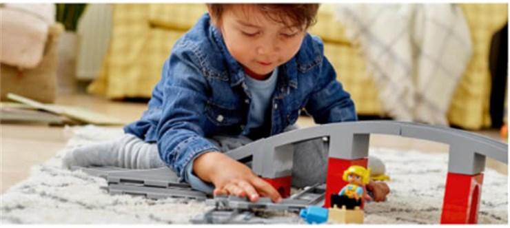 LEGO DUPLO Train Bridge and Tracks 10872  építőjáték - Brendon - 130993