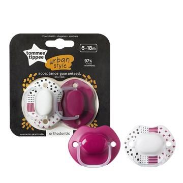 Tommee Tippee Urban Style 6-18m 2 pcs Pink-White játszó- és altatócumi szilikon - Brendon - 149164