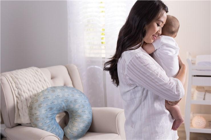 Boppy Nursing/SC Soft Sheep vankúš na kojenie - Brendon - 22917602